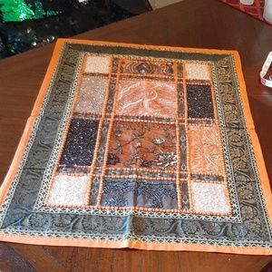 World market table runner